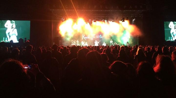 BirGün'lük Konser'de büyük coşku: #biraradayız diyerek buluştuk