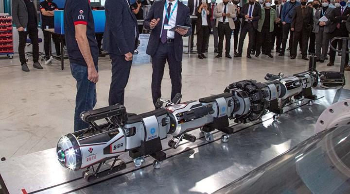 """İmamoğlu """"Dünya'da tekti, şimdi değil"""" diyerek tanıttı: Robot Göz"""