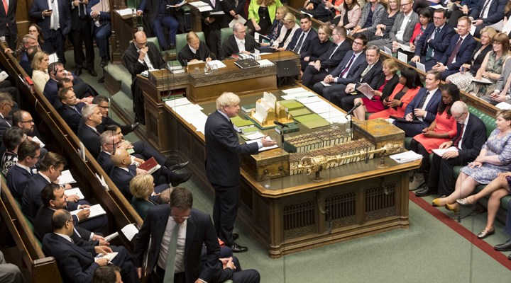 İngiltere'de Muhafazakar Parti Milletvekili Amess bıçaklı saldırıya uğradı