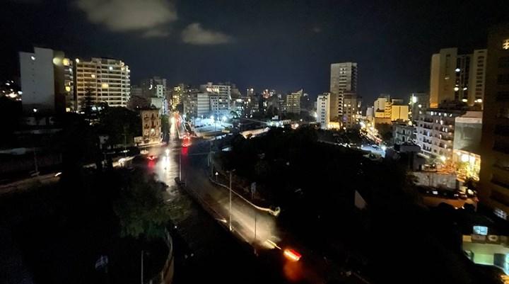 Lübnan'da yakıt krizi: Elektrik santralleri durdu, ülke karanlığa gömüldü